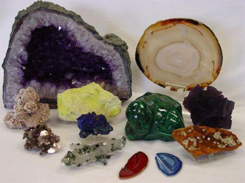 Taşlardan yapılmış el işleri - sıradan güzelliği görmek